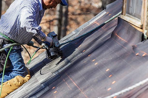 Roofing Contractors And Some Of The Tips To Apply For Getting Them